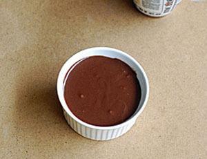 Làm bánh chocolate bằng lò vi sóng trong nháy mắt 4