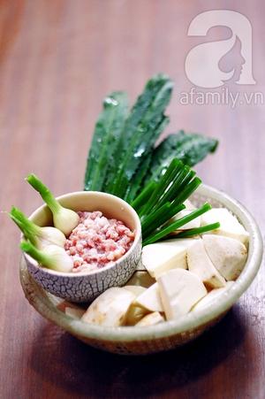 Canh khoai sọ nấu thịt băm giản dị ngon cơm 1
