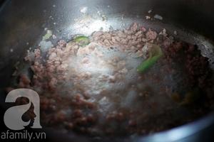 Canh khoai sọ nấu thịt băm giản dị ngon cơm 3