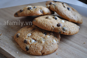 Giòn thơm món bánh quy nho khô chocolate