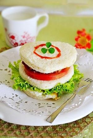 Bánh sandwich bò cho bữa sáng cuối tuần 12