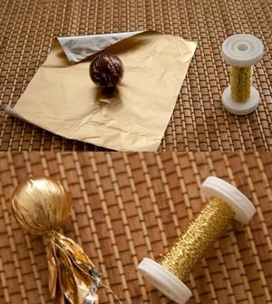 Cách cắm hoa đồng tiền theo phong cách Nhật Bản 3