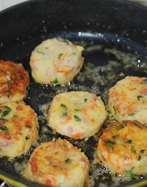 Bánh khoai tây chiên thơm phức cho bữa sáng 10