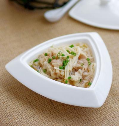 Canh thịt nấu nấm ngọt thơm mát lành 11