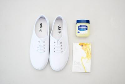 Tự nhuộm giày vải màu loang sành điệu, độc đáo 2