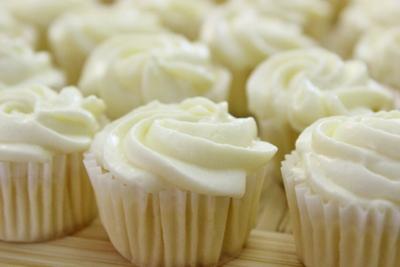 Cupcake chanh chua thơm hấp dẫn 15