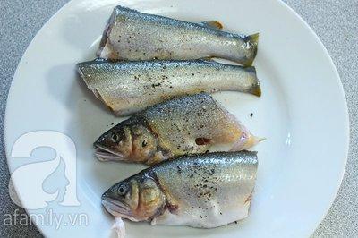 Đậm đà lạ miệng với món cá kho húng quế 5