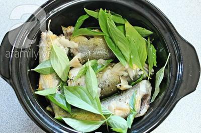 Đậm đà lạ miệng với món cá kho húng quế 11