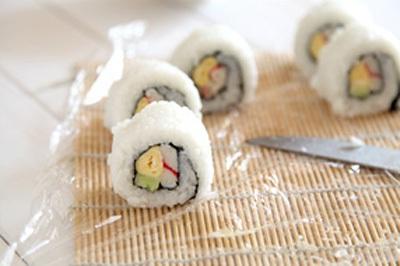 Ăn trưa ngon với món cơm cuộn siêu đẹp mắt 10