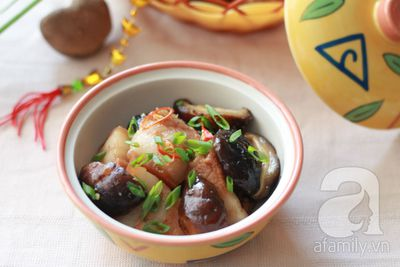 Thịt kho nấm đậm đà thơm phức 17