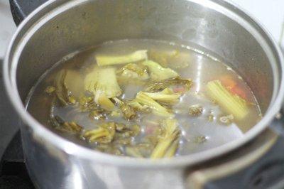 Canh cá nấu dưa chua ngon cho bữa tối 10