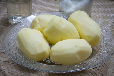 Bí quyết làm khoai tây chiên giòn lâu mà không ngấm mỡ! 3