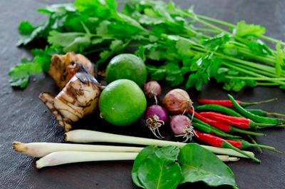 Xuýt xoa với món canh Tom Yum Goong nóng hổi thơm phức 3