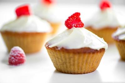Cuối tuần nhâm nhi bánh cupcake chuối mềm thơm nhé! 16