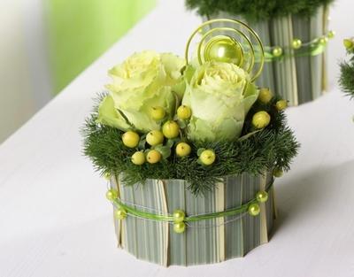 2 cách cắm hoa bàn tiệc nhanh mà trang nhã tinh tế 6