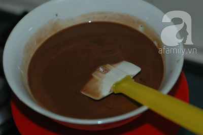 Sáng cuối tuần mời cả nhà bánh Muffin chocolate thơm phức nhé! 9
