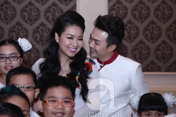 Lê Khánh - Tuấn Khải tình tứ trước giờ làm lễ cưới chính thức 2