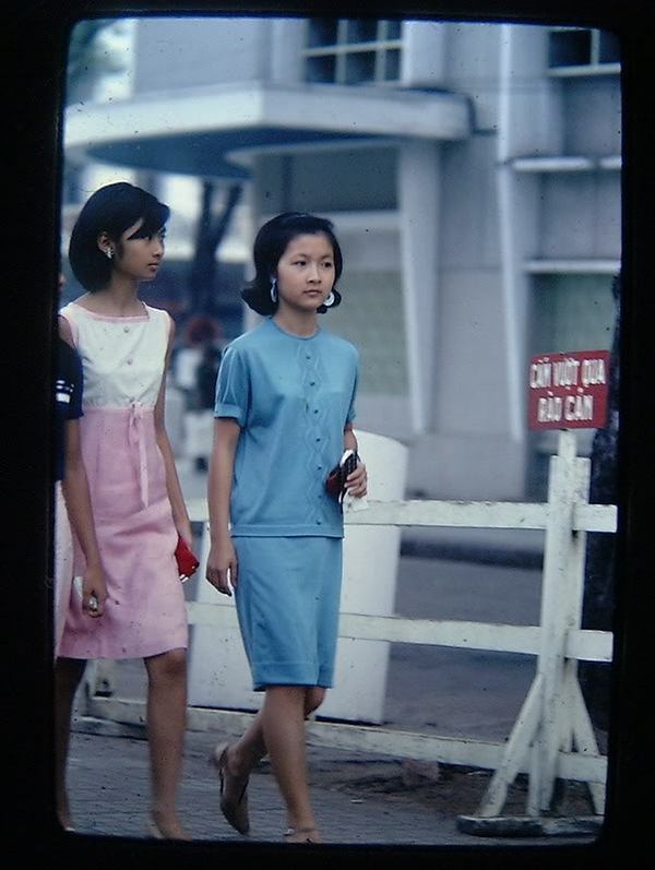 Chùm ảnh cuộc sống phóng khoáng của phụ nữ Sài Gòn những năm 60 13