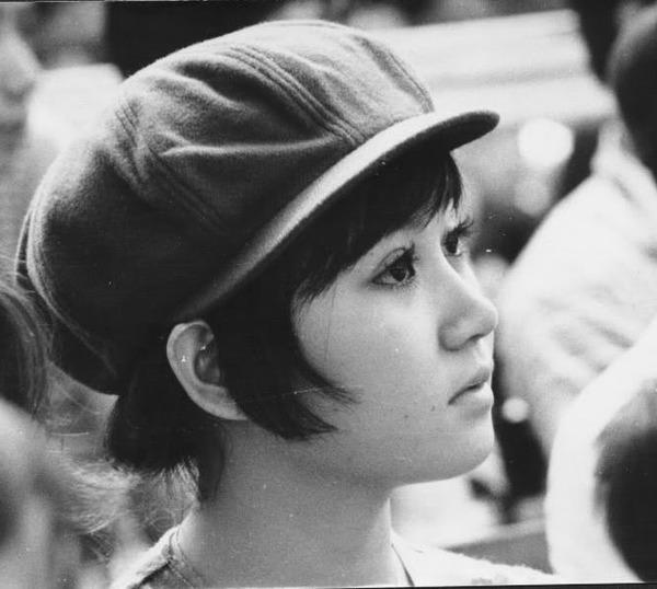 Chùm ảnh cuộc sống phóng khoáng của phụ nữ Sài Gòn những năm 60 6