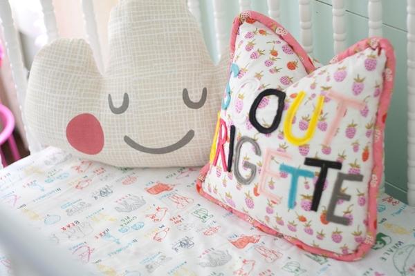 """Ngắm phòng ngủ tuyệt đẹp của 2 """"nàng công chúa"""" 7"""