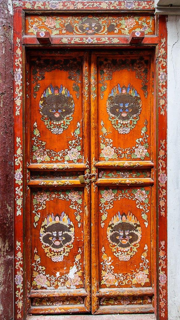 Những cánh cửa nhà ngập tràn màu sắc trên thế giới 9