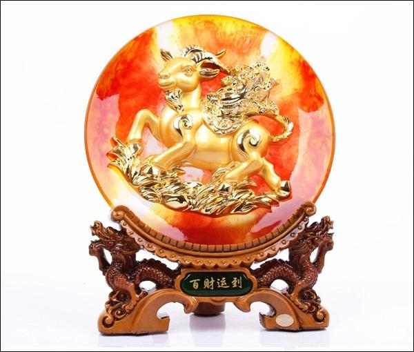 Mẹo bài trí biểu tượng dê trong trang trí nhà hút vận may Tết Ất Mùi 4
