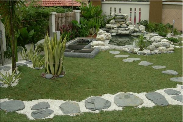 Tư vấn thiết kế và bố trí nội thất cho nhà ống có 2 khoảng vườn xanh 14