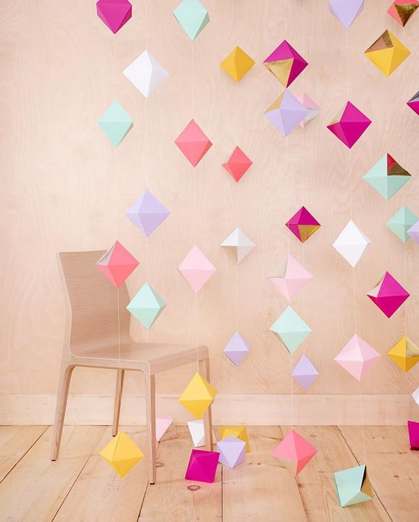 Khám phá các xu hướng trang trí tiệc tại nhà bằng giấy đẹp ngất ngây  1