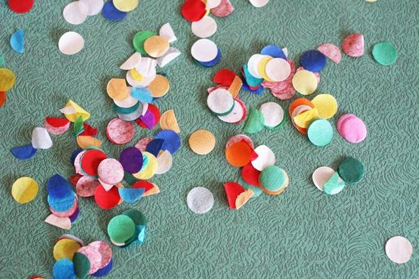 Khám phá các xu hướng trang trí tiệc tại nhà bằng giấy đẹp ngất ngây  5