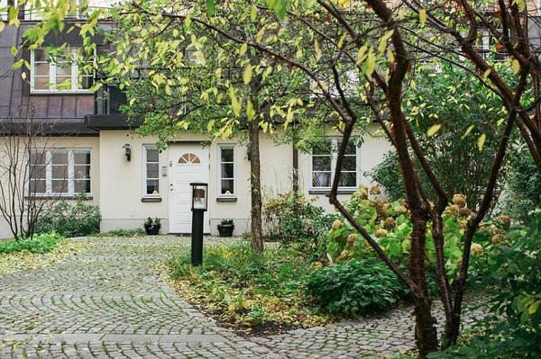 dam minh trong ve dep co dien va hien dai cua can ho o stockholm Xiêu lòng với căn hộ hòa quyện giữa hiện đại và cổ điển