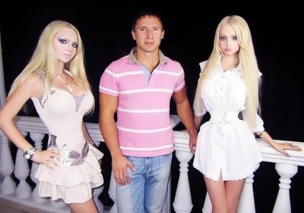 """Búp bê sống người Nga có """"chị em sinh đôi"""" 7"""
