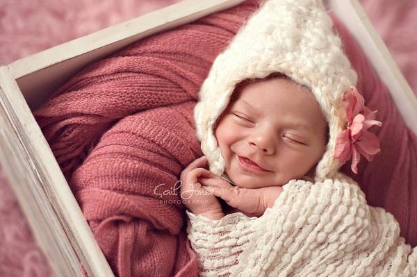 Ngất ngây với ảnh bé cười khi ngủ 5