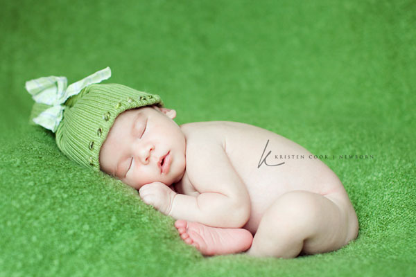 Ngắm không chớp mắt hình ảnh những em bé ngủ bên len 1