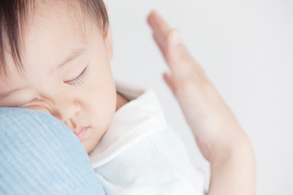 Mẹo hay cho mẹ có con khó ngủ 1