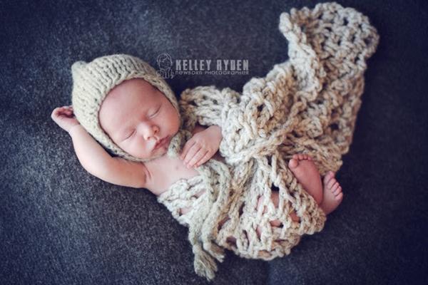 Ngắm không chớp mắt hình ảnh những em bé ngủ bên len 12