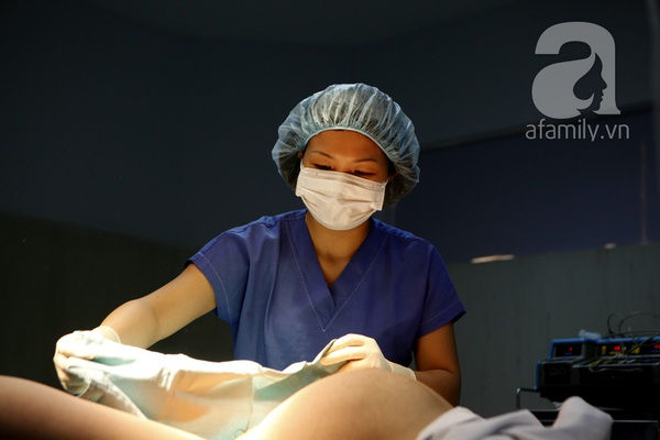 Tận mắt chứng kiến một ca sinh mổ của mẹ Việt 15