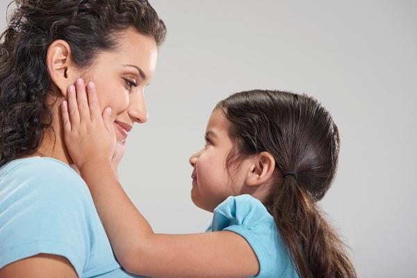 Yêu thương con đúng cách: cha mẹ cũng cần phải học 1