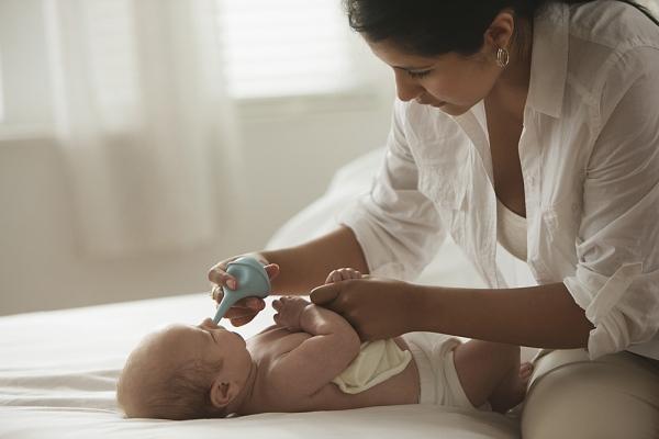 4 cách giúp mẹ giảm ho cho bé mà không cần dùng thuốc 4