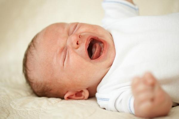 """Để """"sống sót"""" trong những tuần đầu sau khi sinh (P2) 2"""