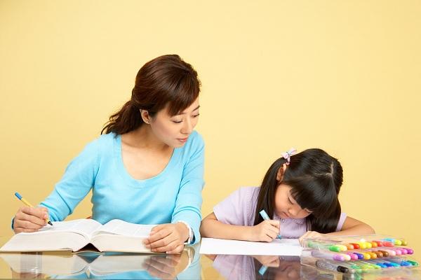 10 sai lầm của cha mẹ khi cho con học tiếng Anh 1