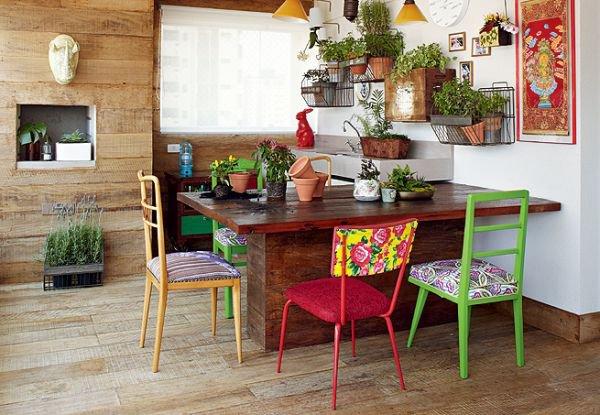 to diem khong gian song bang nhung chiec ghe mau sac coc cach Tô điểm không gian sống bằng những chiếc ghế màu sắc... cọc cạch