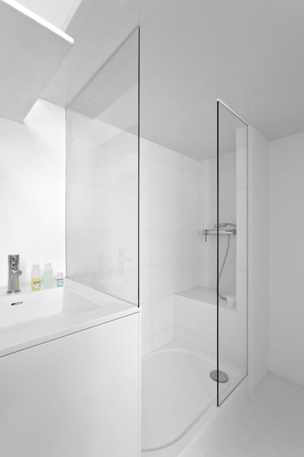 Căn hộ 20m² tuyệt đẹp nhờ phong cách tối giản 4