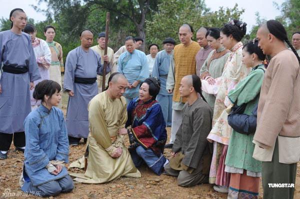 Xem Chung Gia Hân mang... chân giả trên màn ảnh Việt 19