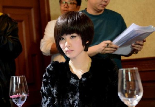 """""""Bộ bộ kinh tình"""": Lưu Thi Thi cá tính với tóc ngắn 2"""
