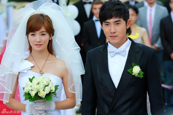 Lâm Tâm Như xinh lung linh trong đám cưới tập thể 11