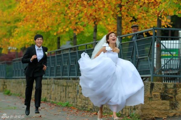 Lâm Tâm Như xinh lung linh trong đám cưới tập thể 16