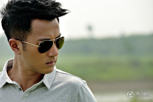 """Xem Lưu Khải Uy """"lợi dụng"""" Dương Mịch trên màn ảnh Việt 12"""