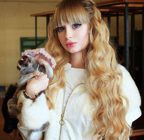 Cô nàng người Nga đẹp như búp bê Babrie 10