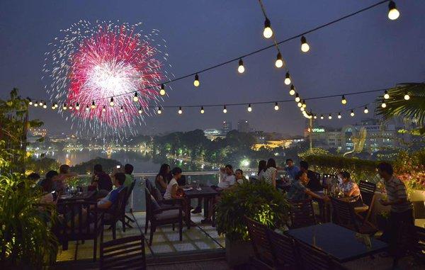 avalon - 11 quán cà phê siêu đẹp, siêu chất mở cửa xuyên Tết ở Hà Nội