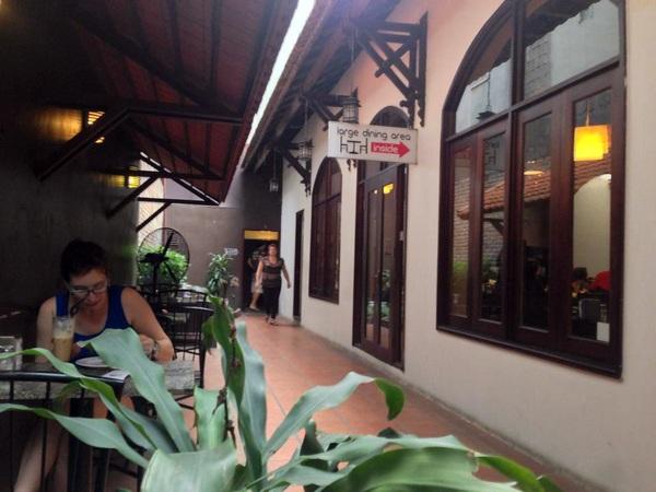 oam - 11 quán cà phê siêu đẹp, siêu chất mở cửa xuyên Tết ở Hà Nội